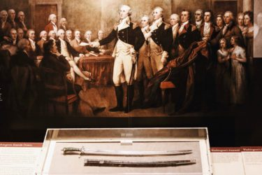 Smithsonian National Museum of American History Guided Tour – Semi-Private